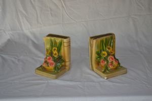 Flower book ends